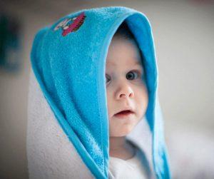 Как да къпем новородено